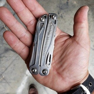Leatherman wingman in hand